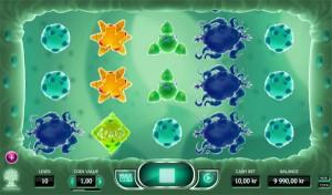 cyrus the virus slot review