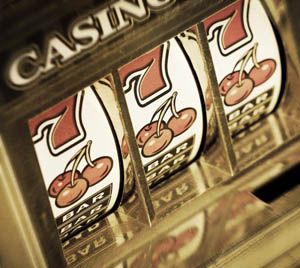 history of the slot machine